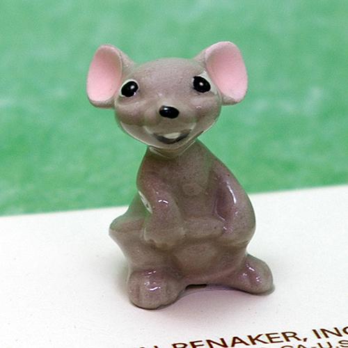 356 Hagen Renaker【ママ マウス】